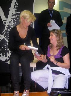 Elodie a un autographe de Lorie