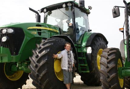 Andréas et les tracteurs