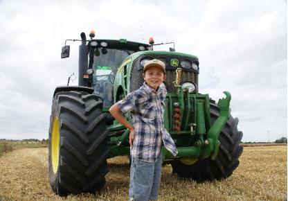 Andréas et le tracteur